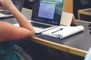 Étudier grâce au CPAS : une réalité pour beaucoup d'étudiants