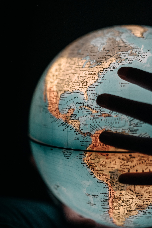 Partir en tour du monde : Quelles conséquences sur mes droits sociaux ?