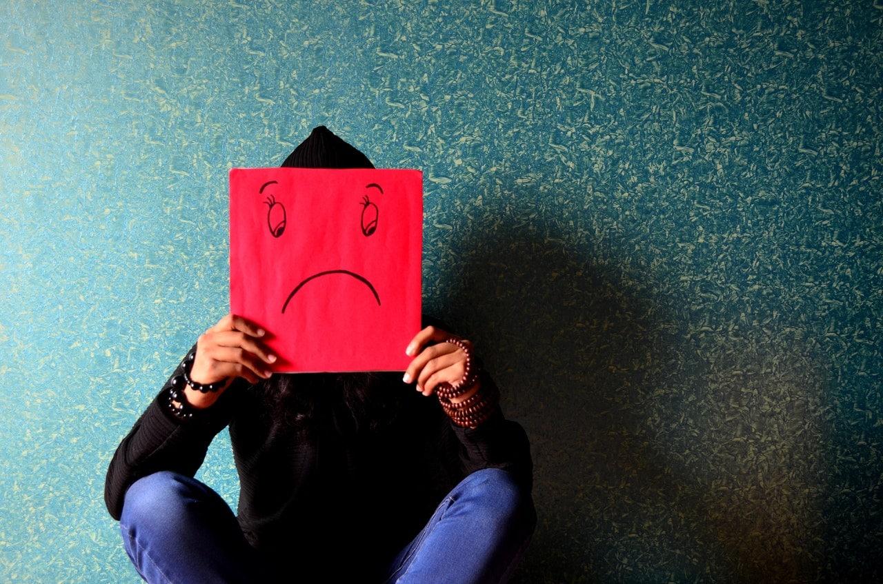Tu es victime de (cyber)harcèlement scolaire ? Parles-en à quelqu'un !