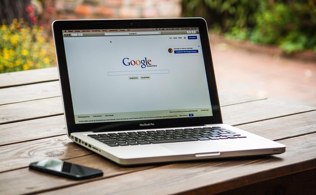 Jeunes et recherche d'informations: moteurs de recherche VS contact humain, qui l'emporte ?