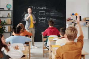 Quand et comment puis-je changer d'école ?